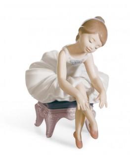 FIguras regalo de Lladró Pequeña bailarina I
