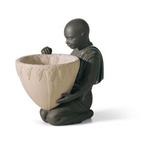 FIguras regalo de Lladró Figura Portador de Potpourri Delante